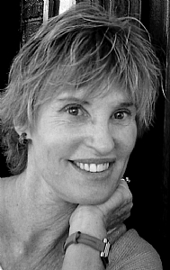Linda Christensen Artist Portrait