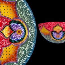 Glass Artist Ulla Darni is represented at Primavera Gallery in Ojai. CA.